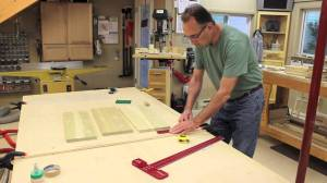 Making pickleball paddles