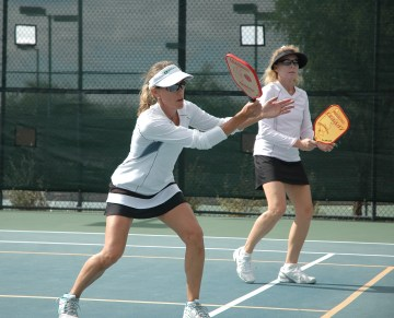 Jennifer Lucore playing with Champion pickleball paddle