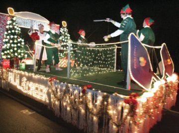 Palm Creek Christmas Float